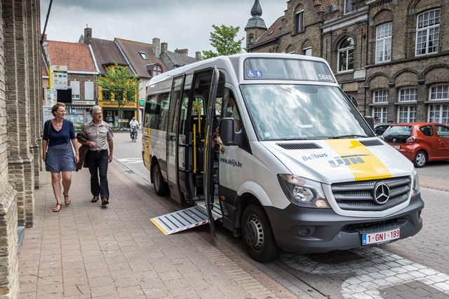 Belbus in West-Vlaanderen